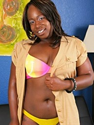 Kelly Rayne had a big smile on her..