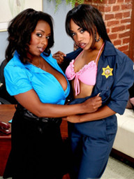 Black babes Panther and Vivicia Coxx..